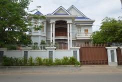 Villa rental in Toul Kork