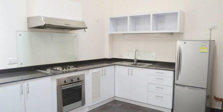 2-bedrooms-apartment-for-sale-in-Daun-penh-1-770x386