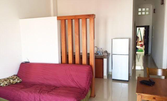 2 bedrooms apartment on corner near riverside