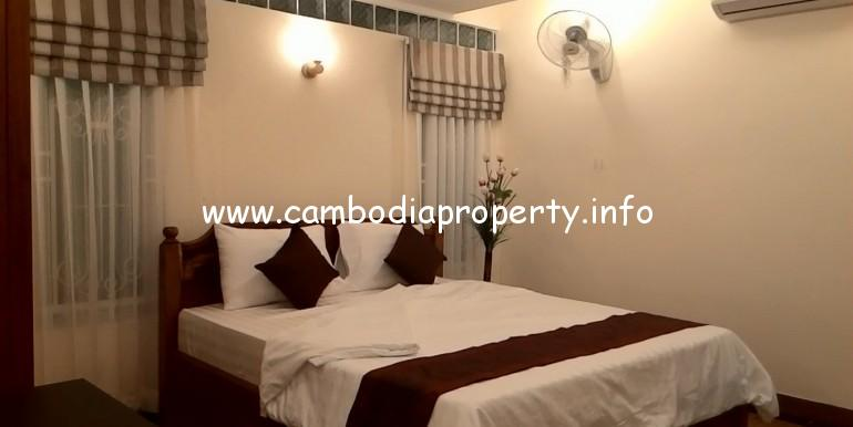 2 Bedrooms Apartment for rent in Boeung Trabek