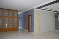 4 bedrooms Villa rental near Independent Monument