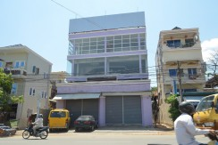 Building for rent in phno m penh