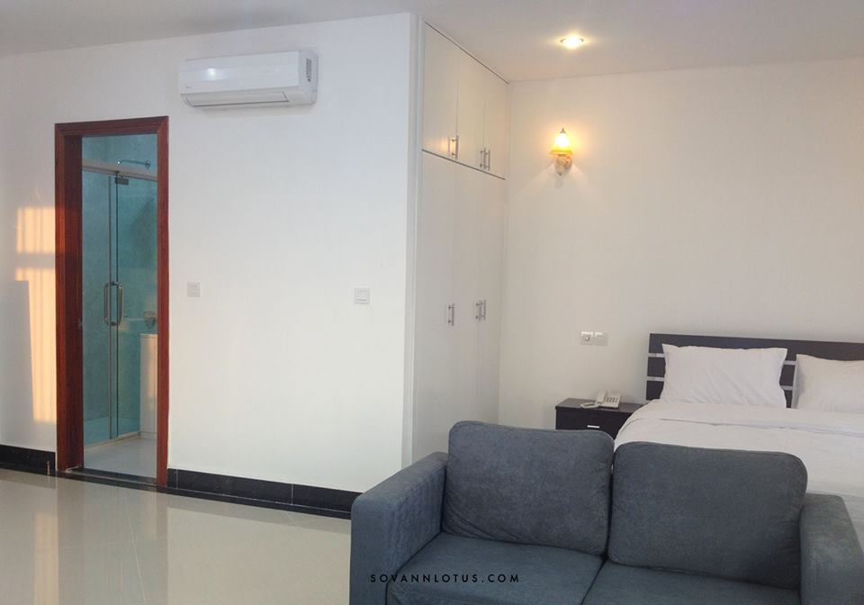 western service apartment close to BKK1 with 1 bedroom $700 with Gym, and pool