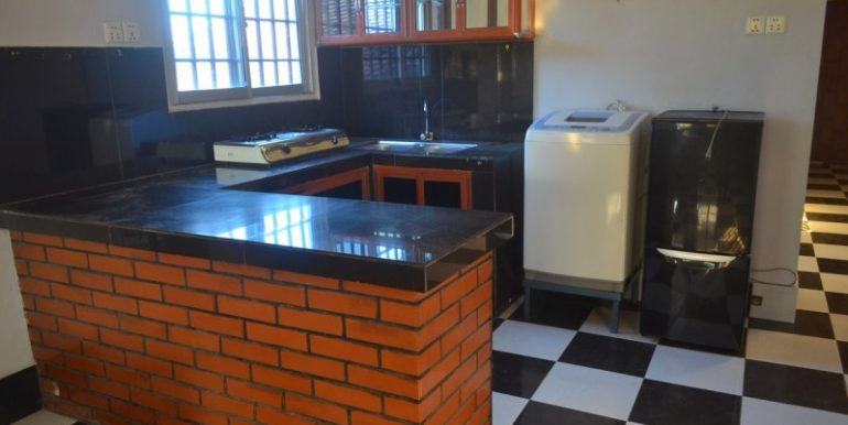 1-bedroom-Apartment-for-rent-in-Daun-Penh-6-770x386