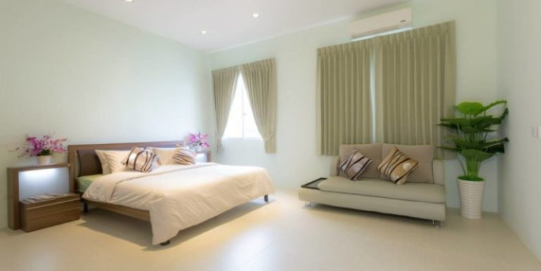 2-bedrooms-Apartment-for-rent-at-Phsar-kandal-5-830x460