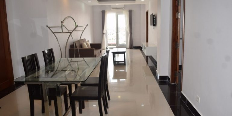 2-bedrooms-Apartment-for-rent-in-chamkarmon-5-770x386