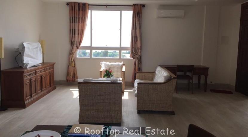 3 Bedrooms Apartment near Sokha Hotel