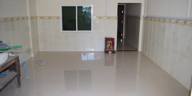 House-for-sale-in-Tonle-Basac-1-770x386
