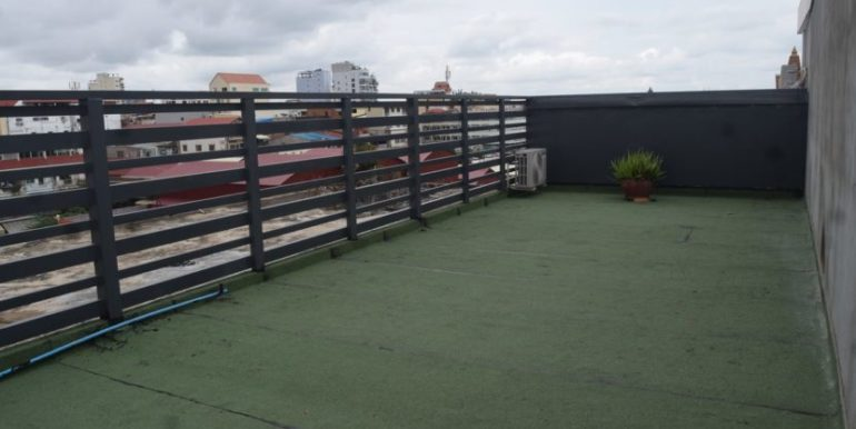 Nice-Apartment-for-rent-and-sale-in-Daun-Penh-5-830x460