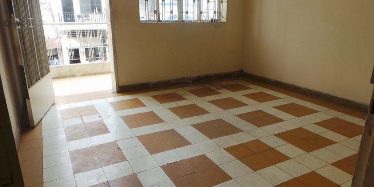 old-apartment-for-sale-at-Daun-penh-3-770x386