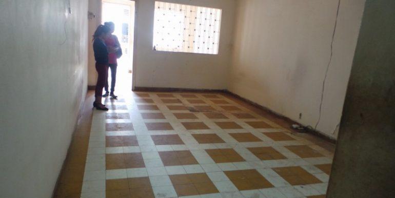 old-apartment-for-sale-at-Daun-penh-5-770x386