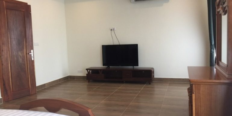 Brand new service apartment for rent in BKK3 area 13