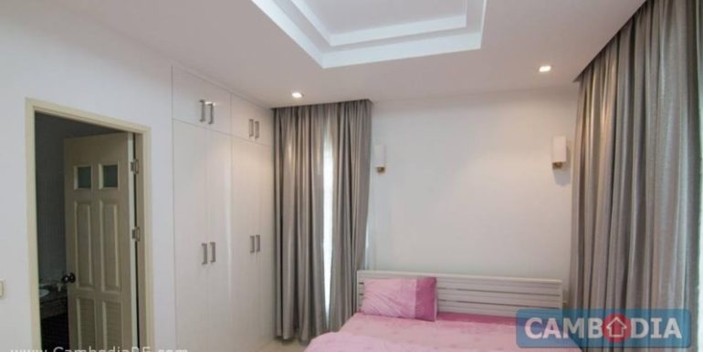 Modern apartment for rent in BKK3 area 02