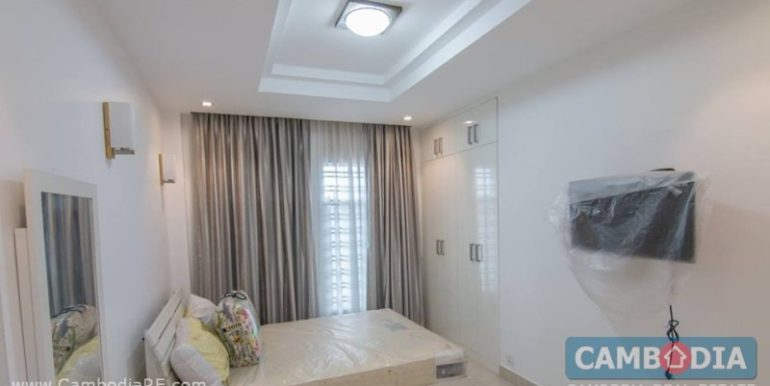 Modern apartment for rent in BKK3 area 04