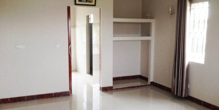 Sihanoukville Guesthouse 27 rooms for rent 24
