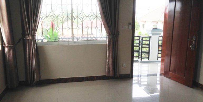 Sihanoukville Guesthouse 27 rooms for rent 30