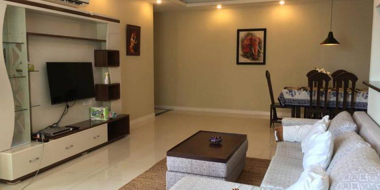 3 Bedroom CONDOMINIUM FOR RENT at Tonle Bassac (4)